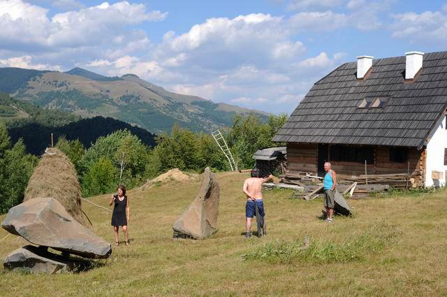 artFORest 2013 - dosul girciului - foto lucian muntean 07
