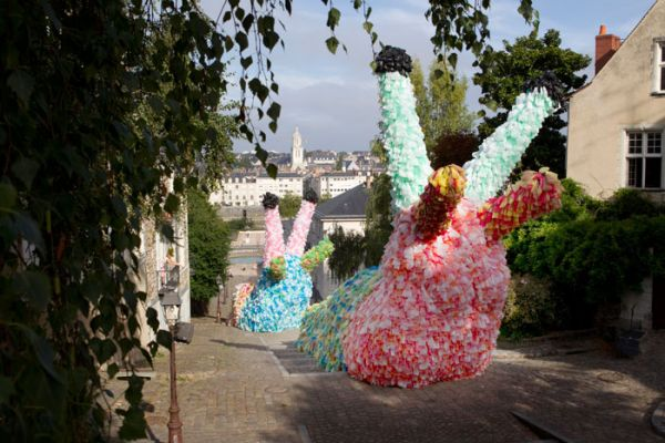 Giant Slug Sculptures (1)