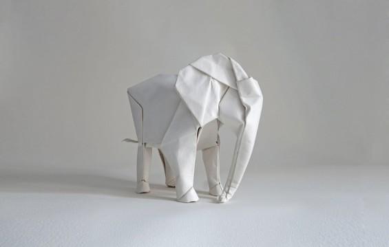sipho-mabona-folds-life-sized-elephant-from-single-paper-sheet-designboom-06-565x359