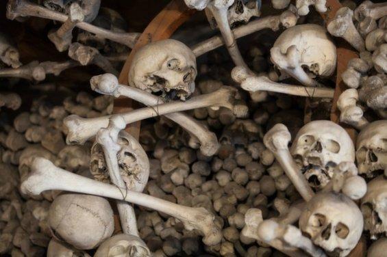 skull-chapel-kaplica-czaszek-poland-rafters-963.jpg__1072x0_q85_upscale