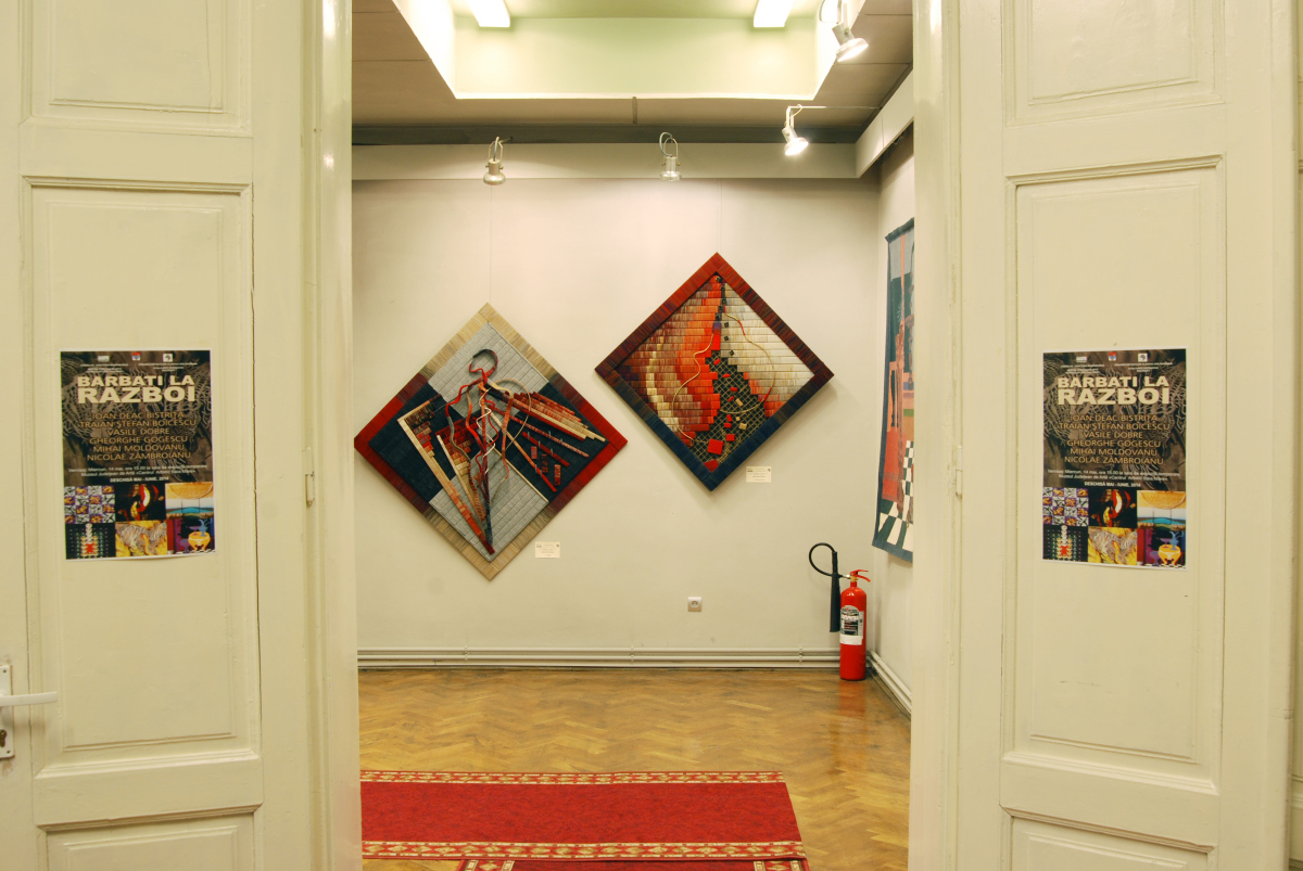 Expozitia de tapiserie BARBAŢI LA RAZBOI (1)