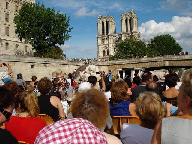 Resize of 12 Oportunitati foto pe Bateaux Mouches