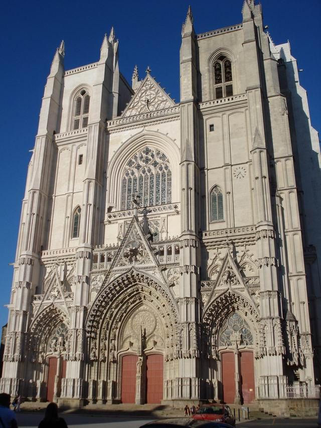 Resize of 18 Catedrala Sf Petru si Pavel din Nantes