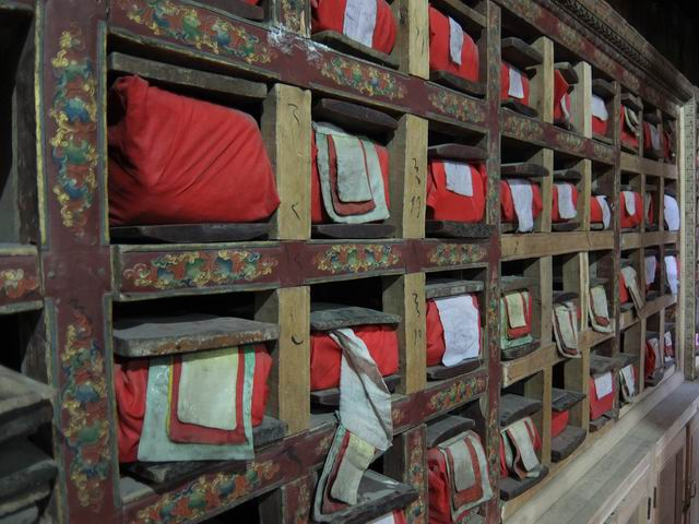 Resize of 03 manastire - foto mihaela voda 018