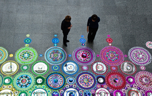 Kaleidoscope-Like Floor Installations Made of Colored Glass and Mirrors (4)