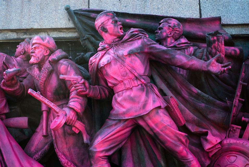 The Red Army monument in central Sofia (2)
