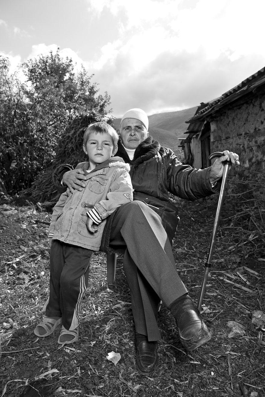 burneshas-albanian-women-who-live-as-men-jill-peters-2