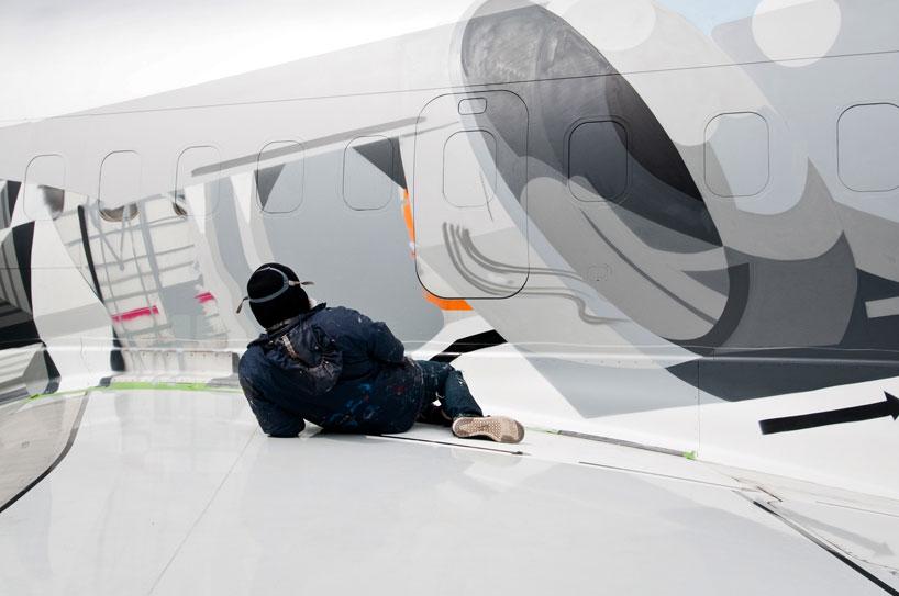 hangfire-painted-plane-designboom-09