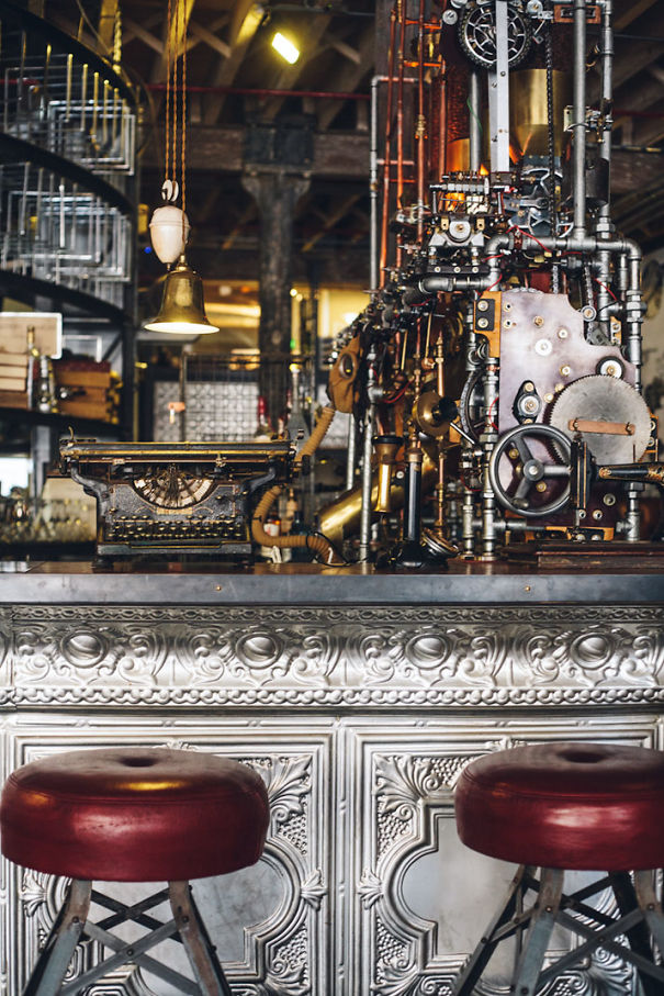 steampunk-truth-coffee-shop-cape-town-7