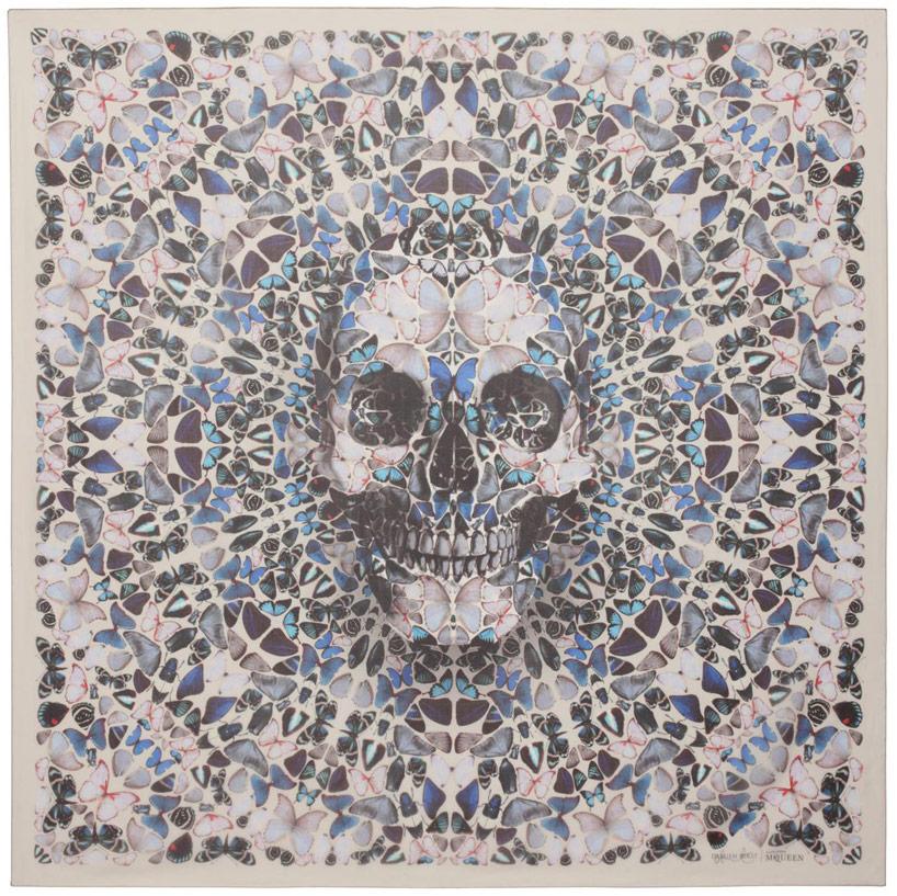 damien-hirst-+-alexander-mcqueen-unveil-skull-scarf-series-designboom-09