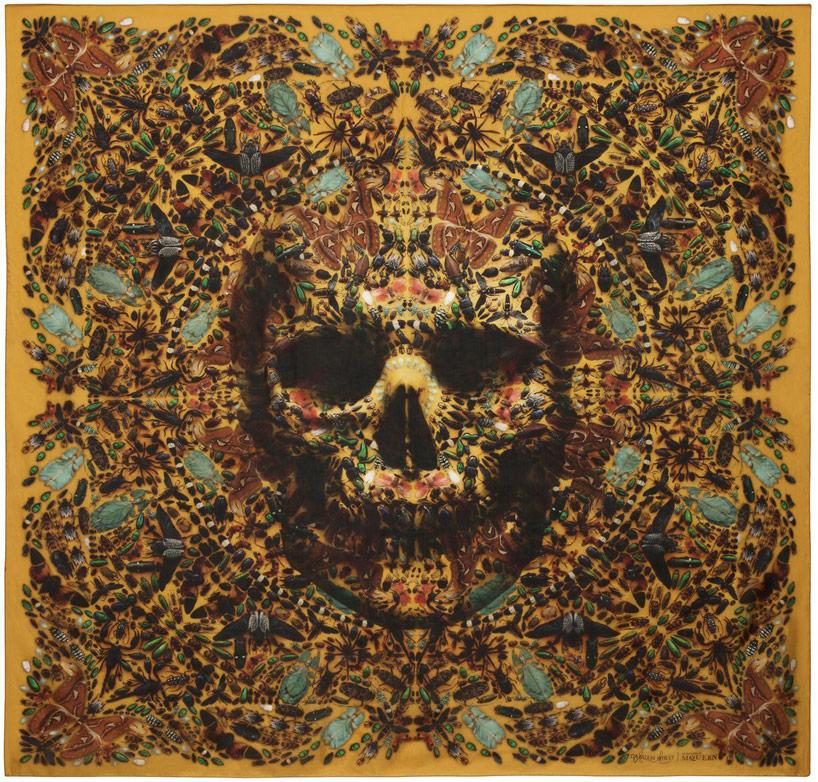 damien-hirst-+-alexander-mcqueen-unveil-skull-scarf-series-designboom-26