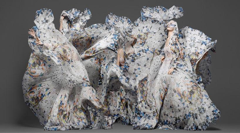 damien-hirst-+-alexander-mcqueen-unveil-skull-scarf-series-designboom-32