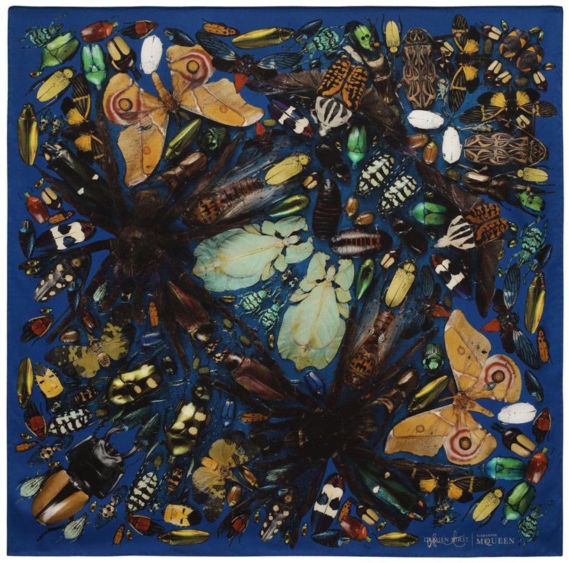 damien-hirst-alexander-mcqueen-unveil-skull-scarf-series-designboom-01