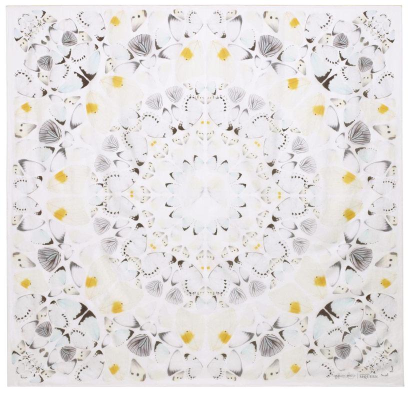damien-hirst-alexander-mcqueen-unveil-skull-scarf-series-designboom-03
