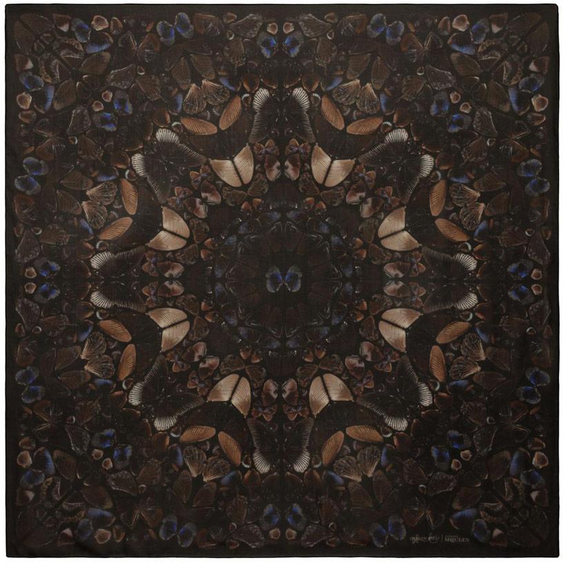 damien-hirst-alexander-mcqueen-unveil-skull-scarf-series-designboom-05