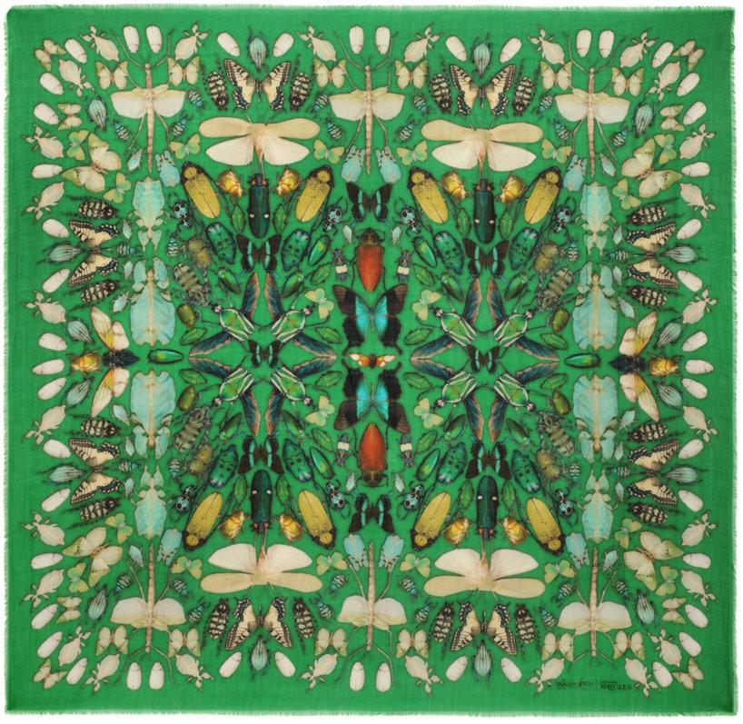damien-hirst-alexander-mcqueen-unveil-skull-scarf-series-designboom-20