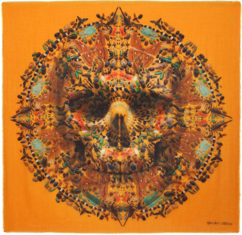 damien-hirst-alexander-mcqueen-unveil-skull-scarf-series-designboom-27