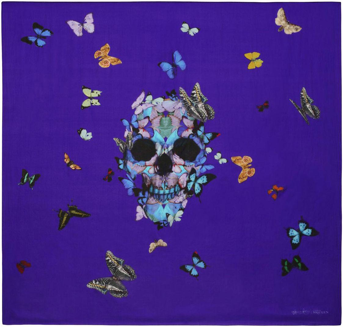 damien-hirst-alexander-mcqueen-unveil-skull-scarf-series-designboom-30