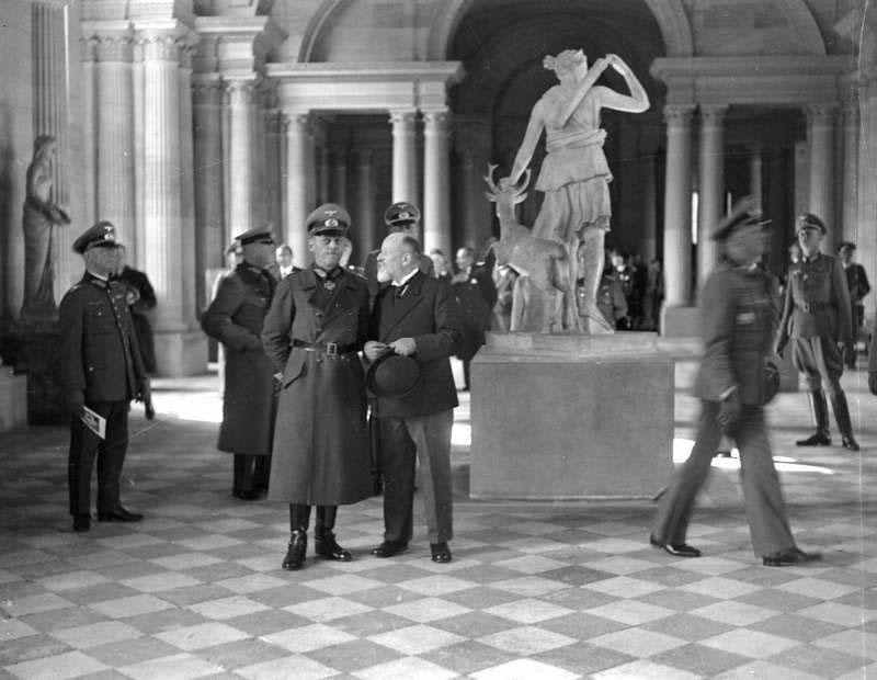germans-nazis-gerd-von-rundstedt-at-the-louvre