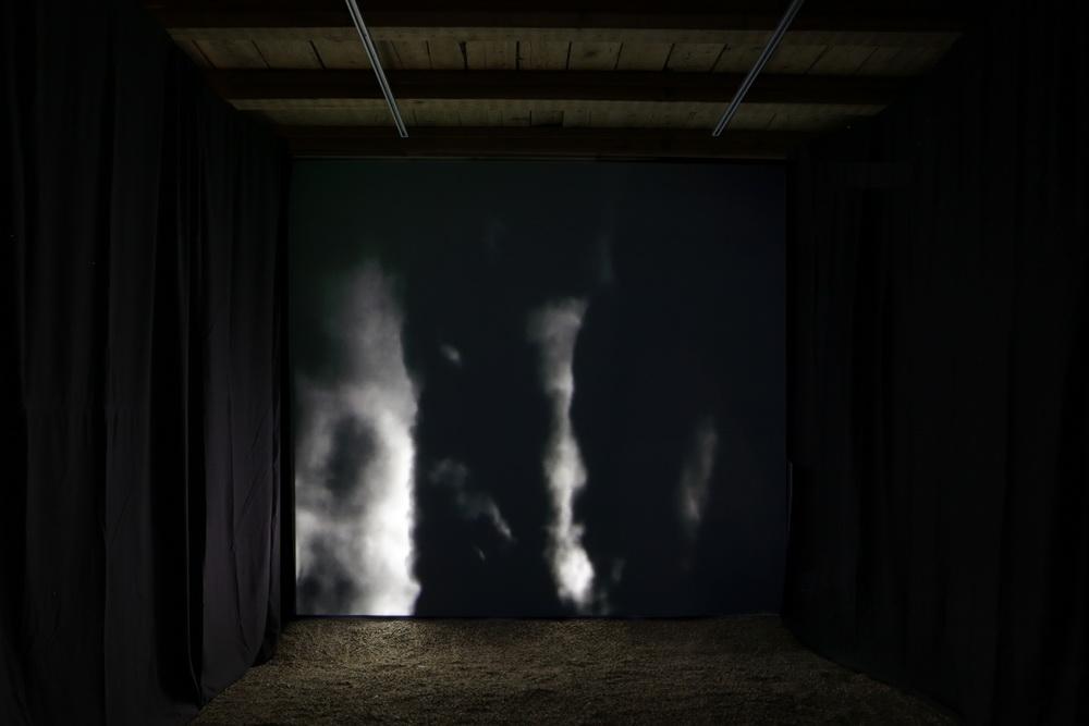 2 - Sybille Neumeyer_aiurart_moon