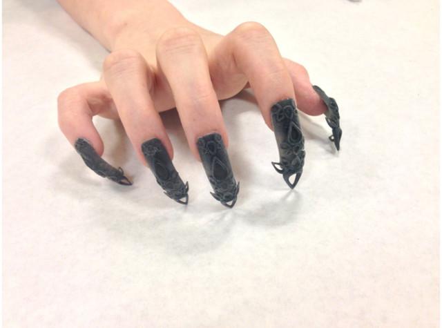 3D-Black-Castle-Nails-640x475