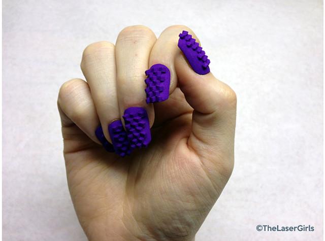 3D-Violet-Purple-640x475