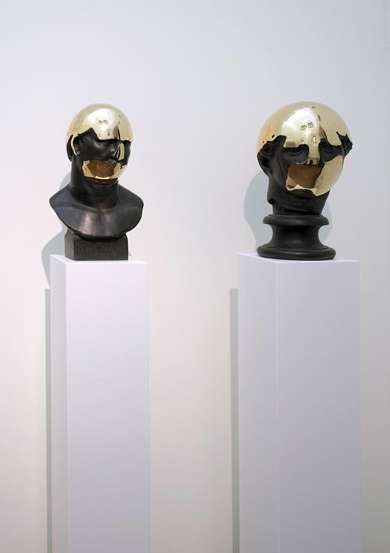201308291055381青铜雕像-