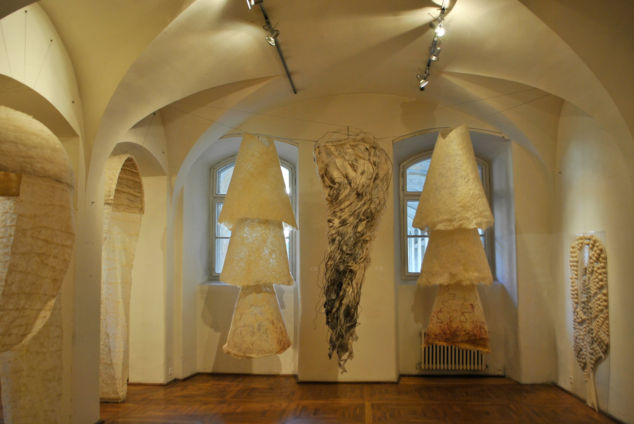 trienala de tapiserie, sculptura si artele focului (12)