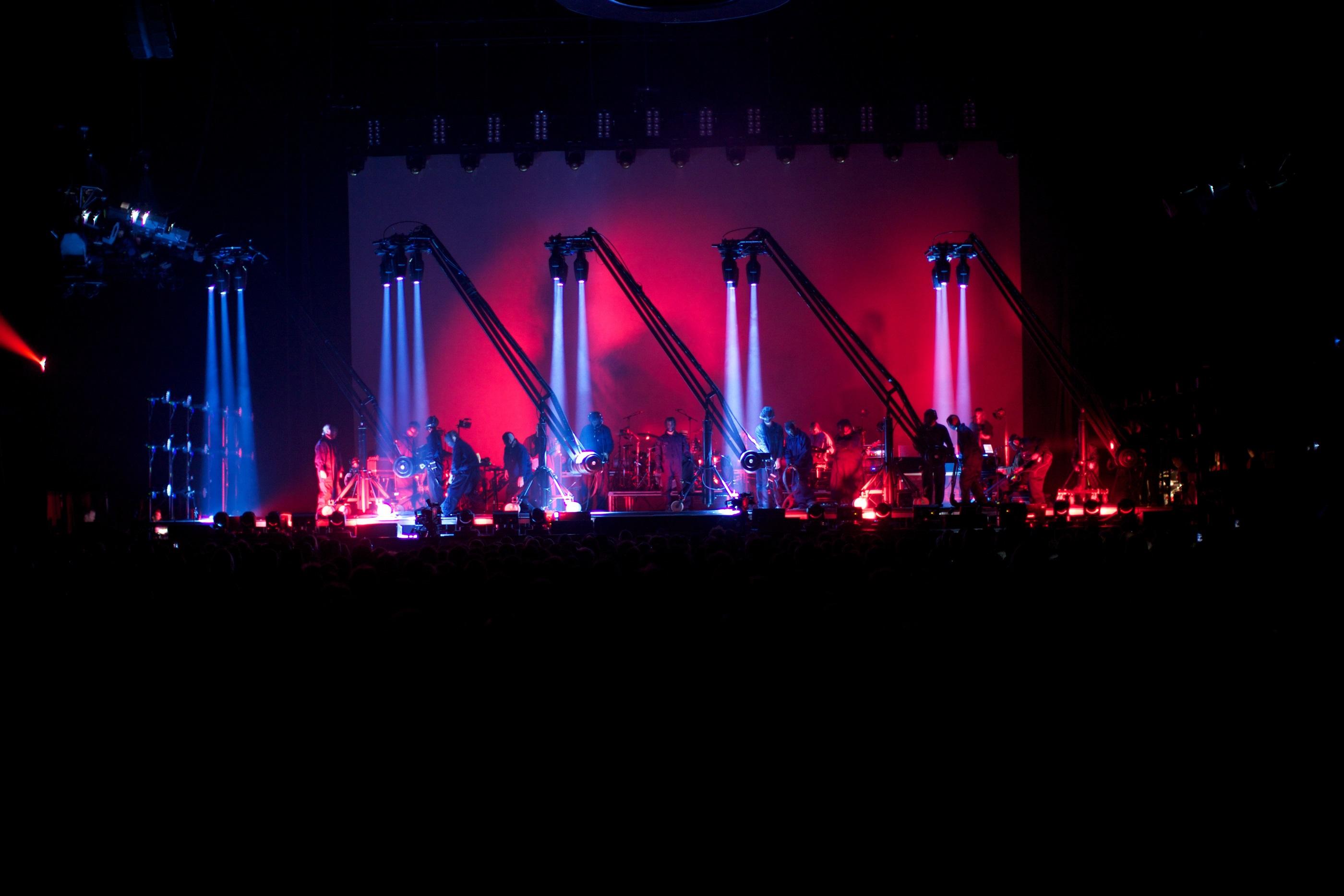 Back to front_Peter Gabriel_Photo credit York Tillyer