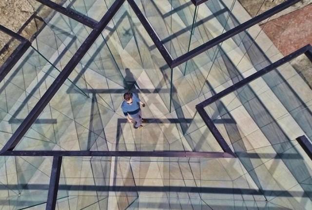 glasslabyrinth02-640x430