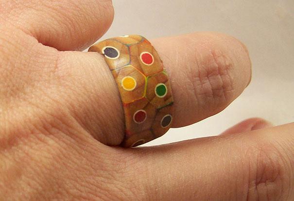 ring-diy-colored-pencils-peter-brown-131