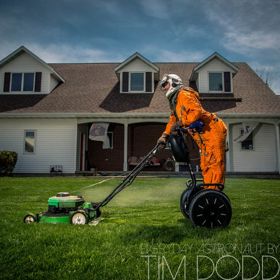 3031471-slide-everyday-astronaut-by-tim-dodd-photography-h-time-to-mow-1024x1024