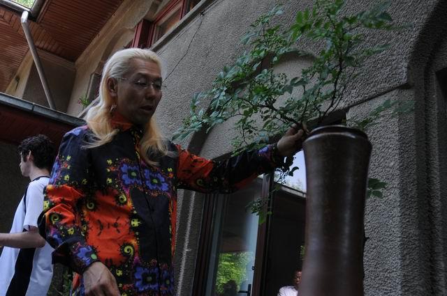 Resize of Shogo Kariyazaki Kariyzaki - ikebana - foto lucian muntean _03