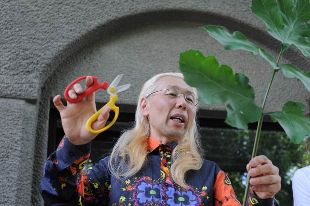 Resize of Shogo Kariyazaki Kariyzaki - ikebana - foto lucian muntean _08