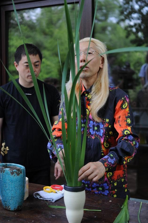 Resize of Shogo Kariyazaki Kariyzaki - ikebana - foto lucian muntean _15