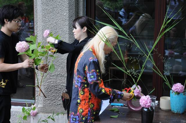 Resize of Shogo Kariyazaki Kariyzaki - ikebana - foto lucian muntean _30