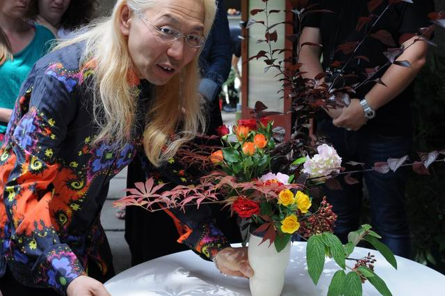 Resize of Shogo Kariyazaki Kariyzaki - ikebana - foto lucian muntean _51