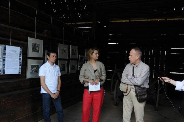 Resize of rogojel - lucian muntean - muzeul satului vernisaj 08