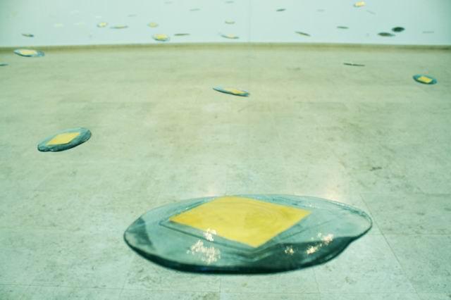 Exhibition Atinge pamantul si respira aerul Andreea Costenco