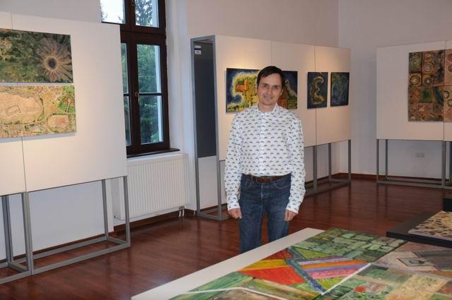 geografii subiective - harti imaginare - pictura - lucian muntean 04