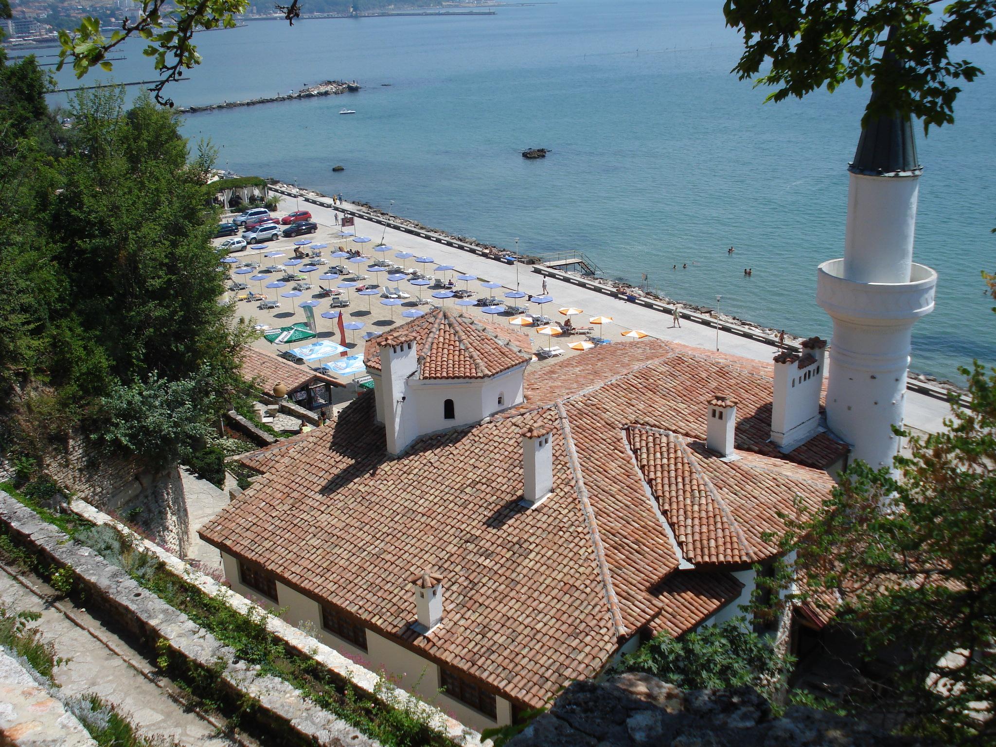 11 Marea Neagra in fata castelului de la Balcic