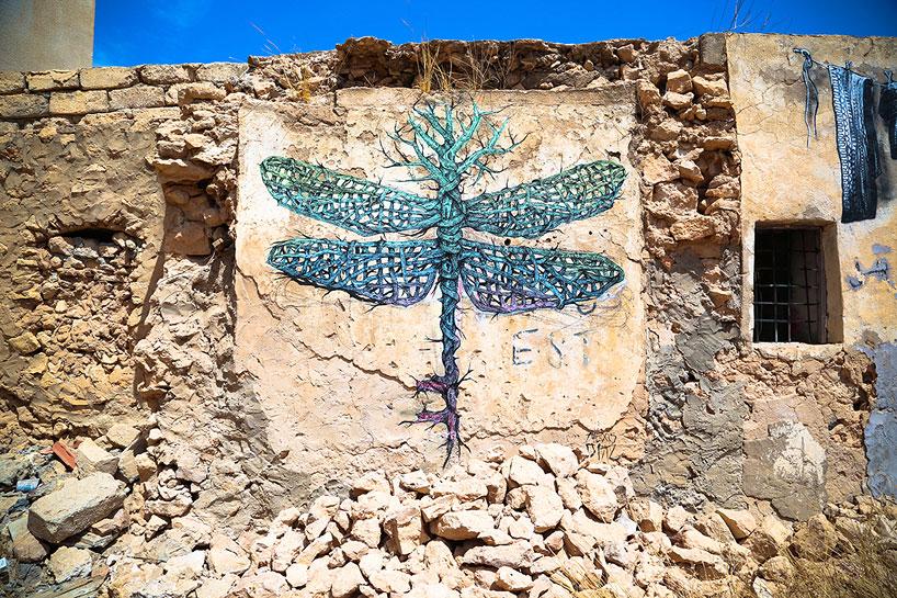 150-artists-tunisian-village-open-air-art-museum-designboom-22