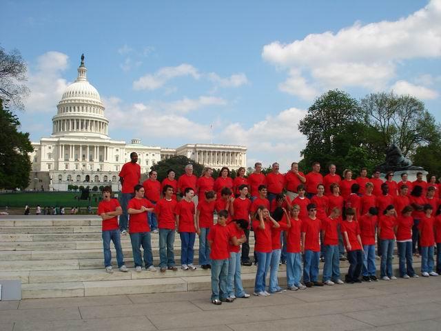 Resize of 03 Probabil o actiune educativ- patriotica in fata Capitoliului