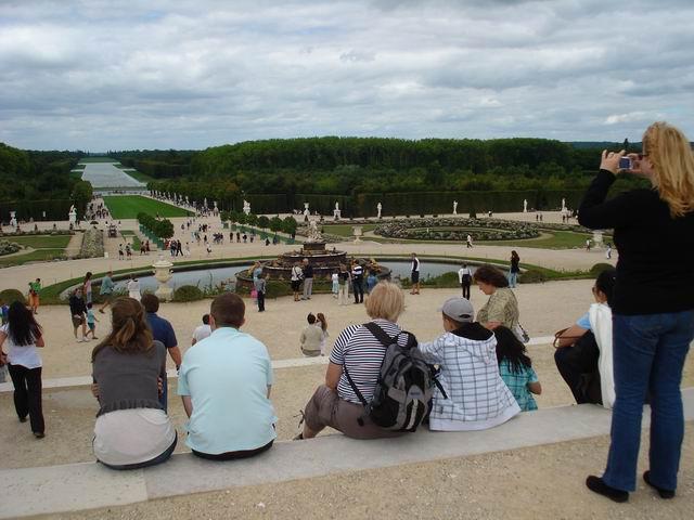 Resize of 07 Gradinile de la Versailles se poate asculta aceeasi muzica de pe vremea lui Ludovic al XIV-lea