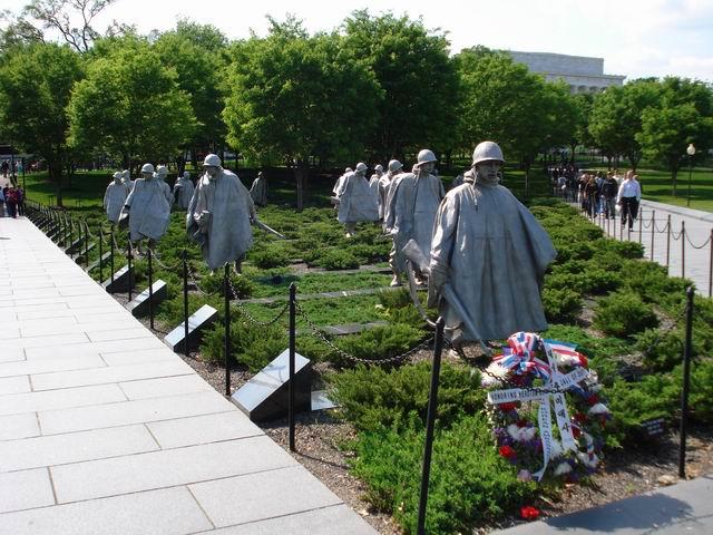 Resize of 08 Memorialul Razboiului din Coreea din Mall-ul washingtonian