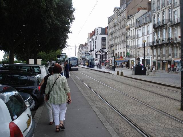 Resize of 21 Nantes - tramvaiul care duce la castel