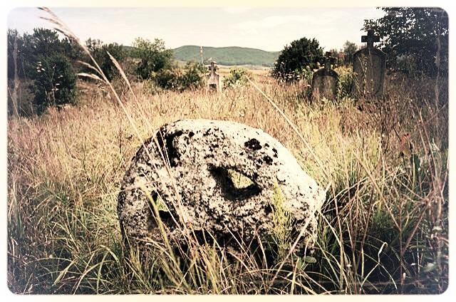 napradea - salaj cimitir - foto lucian muntean 07