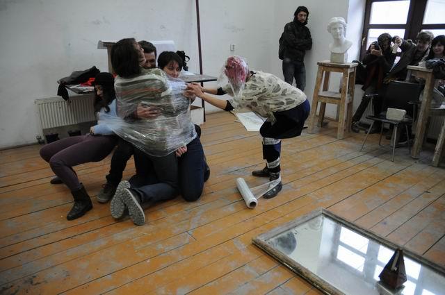 performance - facultatea sculptura foto lucian muntean 21