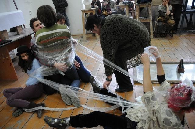 performance - facultatea sculptura foto lucian muntean 26