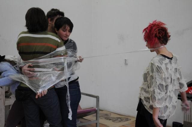 performance - facultatea sculptura foto lucian muntean 30